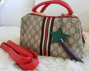 BRAND NEW NEVER USED Ladies Women Woman Vegan Mini Satchel Handbag Bag Tote Purse Crossbody + Xtra Strap + Zippered Enclosure + Pocket Compartments for Sale in Monterey Park, CA