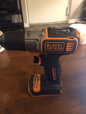 Black and Decker 20 Volt Lithium Ion Cordless Drill/Driver with Autosense technology for Sale in Columbus, OH