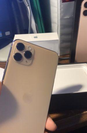 iPhone 11 pro max 256gb for Sale in College Park, GA