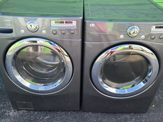 Washer And Dryer Perfect Condition Warranty for Sale in Homestead,  FL