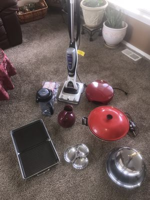 Small Kitchen appliances and Cleaning Tools for Sale in Tacoma, WA