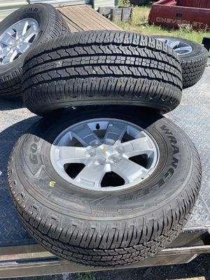 Full set of 16' to 19' Chevy Colorado rims and tires 265/70/R16 for Sale in Christoval, TX