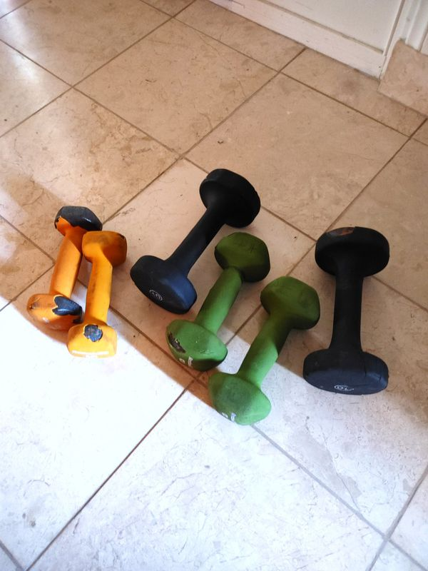 Bench press with bar weights and dumbbells