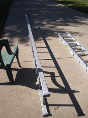 13 foot aluminium sturdy ladder for Sale in East Peoria, IL