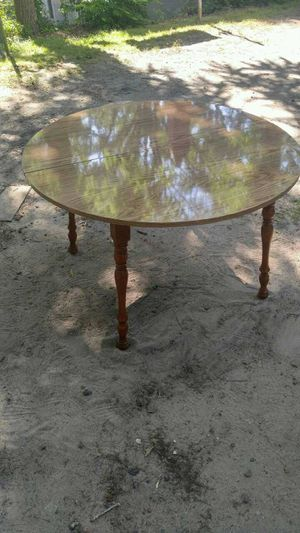 40 Inch Formica Dining Table for Sale in Gastonia, NC