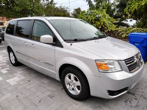 2008 Dodge Grand Caravan sxt 3.8 litros engine for Sale in Miami, FL