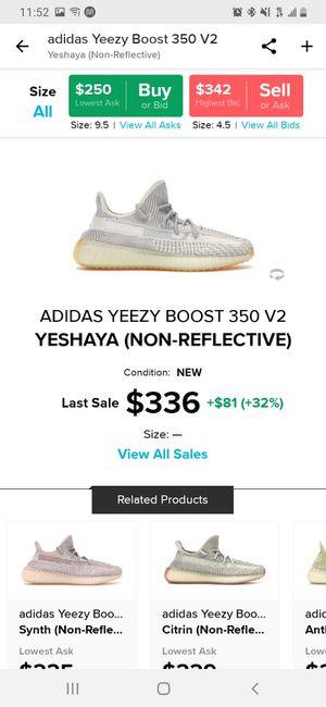 Yeezy Yeshaya size 10 for Sale in Fresno, CA