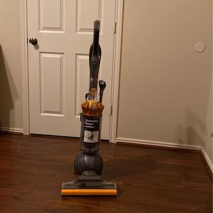 Dyson Ball Multi floor 2 for Sale in Katy, TX