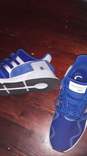 Adidas size 9 for Sale in North Providence, RI