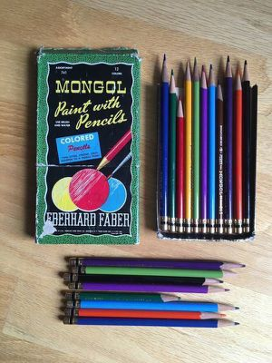 Vintage Lot 19 Mongol Paint with Colored Pencils Eberhard Faber for Sale in Steilacoom, WA