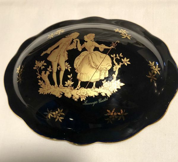 LIMOGES, 22K GOLD, CANDY / JEWELRY BOX