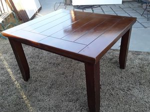 Table for Sale in Visalia, CA