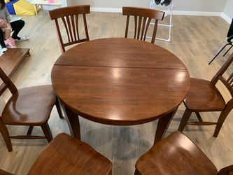 Dining Table and chairs for Sale in Temple City,  CA