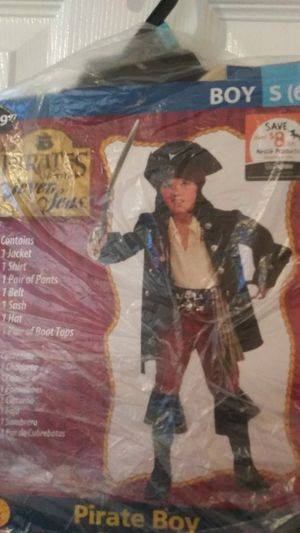Boys S6. Pirate Costume for Sale in Manassas, VA