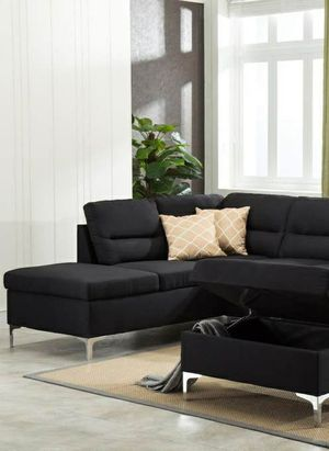 Free Delivery 🐋  BEST Deal 🐋 Larry Black Sectional with Storage Ottoman 168 for Sale in Houston, TX