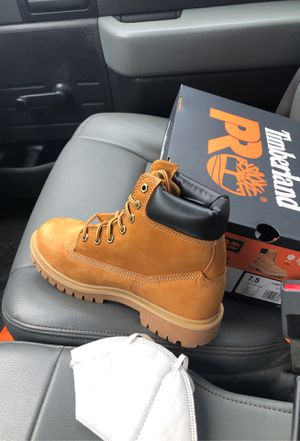 BRAND NEW timberland steel toe work boots (women 7.5) for Sale in Fredericksburg, VA