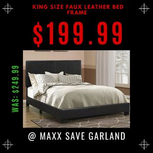 King size faux leather bed frame black for Sale in Garland, TX