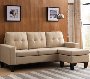 "Beige sectional sofa 77""x 57"" for Sale in Long Beach, CA"