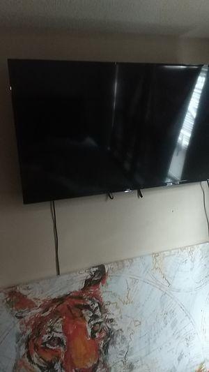 TCL tv Roku tv for Sale in Philadelphia, PA