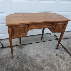 Drexel Mid-century Vintage Vanity for Sale in Westchester, IL