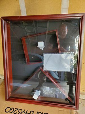 Display Case for Sale in Roosevelt, CA