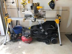 """12"""" Miter Saw, DEWALT DW718 12-Inch Double-Bevel Slide Compound Miter Saw (with stand) for Sale in Selma, TX"""