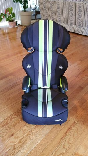 Booster Seat for Sale in Northbridge, MA