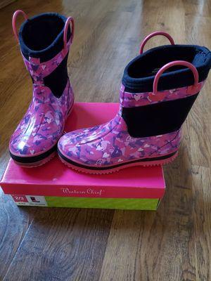 Rain boots size 2/3 for Sale in Auburn, WA