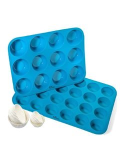 Silicone muffin and cupcake baking set (12 and 24) - new for Sale in Naperville,  IL