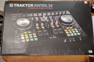 NA kontrol s4 gently used for Sale in Evansville, IN