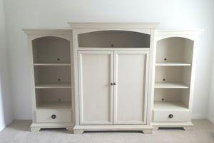 Beautiful TV Cabinet for Sale in Brandon, FL