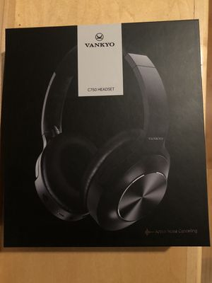 Bluetooth Wireless Noise Cancelling Headphones for Sale in Turlock, CA