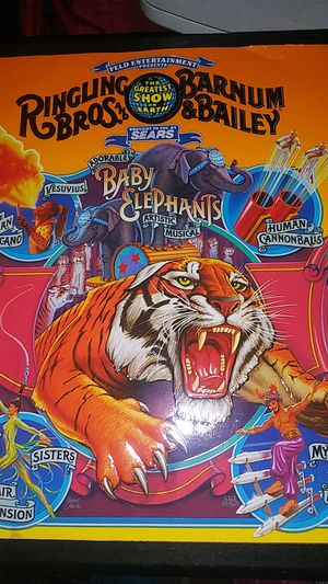 Ringling Bros. Barnun & Bailey Baby Elephants for Sale in El Cajon, CA