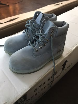 Girls timberland boots for Sale in Kittery, ME