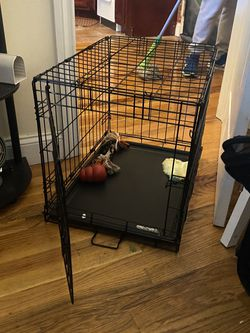 """Dog Kennel - 32"""" for Sale in Brooklyn,  NY"""