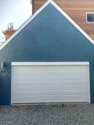 Garage door for Sale in Los Alamitos, CA