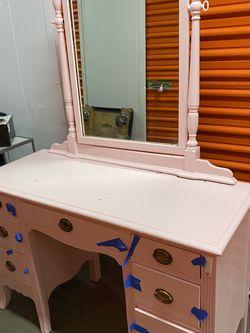 Pink Vanity for Sale in Los Angeles,  CA