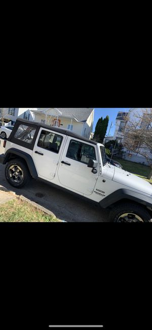 2017 jeep wrangler four-door for Sale in Greensburg, PA