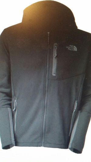 New the North Face canyonwall hoodie black jacket coat for Sale in Silver Spring, MD