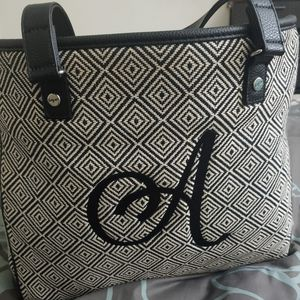 Thirty One Cindy Tote for Sale in Burr Ridge, IL