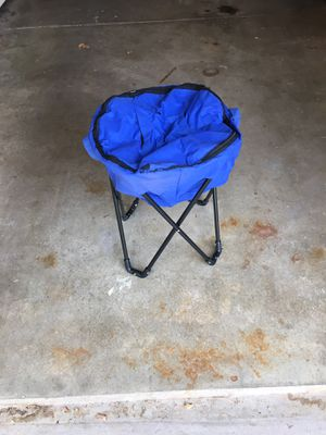 Cooler Bag on a Stand for Sale in Andover, KS