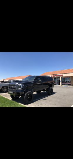 2003 Ford Excursion for Sale in Downey, CA