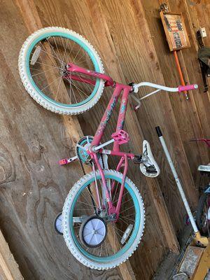 Girl bike for Sale in Visalia, CA