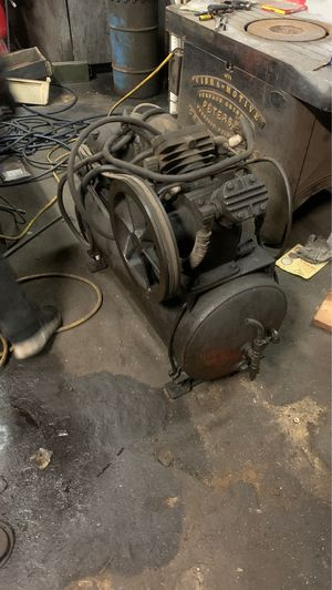 Working air compressor make an offer for Sale in Los Angeles, CA