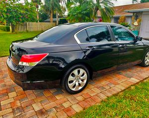 Beautiful 2009 Honda Accord FWDWheels for Sale in Lubbock, TX