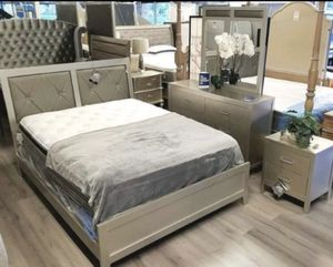 Queen Size Bed with Dresser, Mirror, Nightstand, Mattress & Box Spring. $40 Down. No Credit Check. for Sale in Hialeah, FL