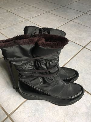 Snow boots, rain boots, winter boots size 11 for Sale in Tustin, CA