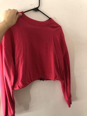 Hot pink crop top sweater for Sale in East Rutherford, NJ