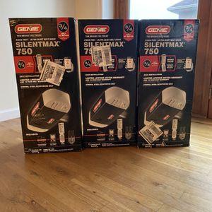 SilentMax 750 3/4 HPc Ultra-Quiet Belt Drive Garage Door Opener with Wireless Key for Sale in The Bronx, NY