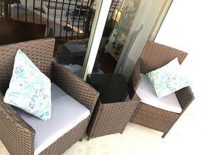 2 Chair Patio set for Sale in Miami, FL